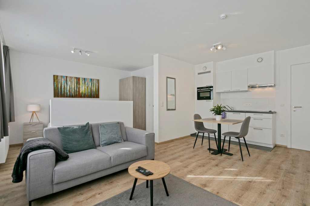b-square studio apartment spacious living area