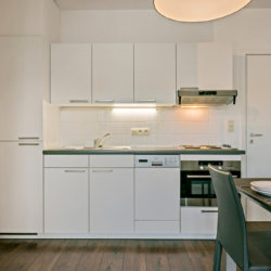 fully equipped kitchen in brussels city on the water