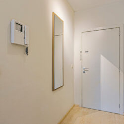 entrance to furnished one bedroom apartment in brussels city centre