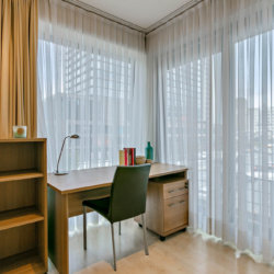 one bedroom apartment with office and bureau in central brussels