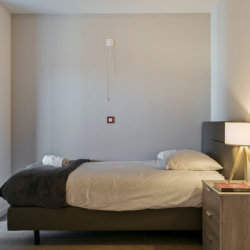 single bed in studio apartment near diegem train station