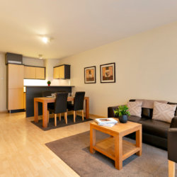 spacious two bedroom serviced bbf apartment in etterbeek