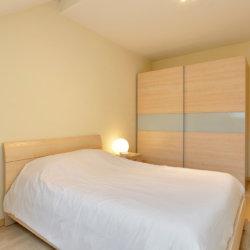 double bed with wardrobe storage near place jourdan in etterbeek brussels