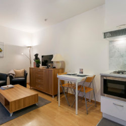 bbf serviced studio apartment one minute from the european commission
