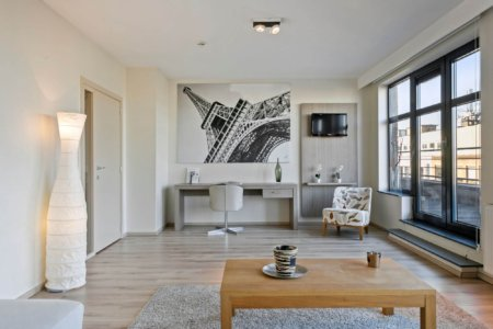 work from home desk in bbf serviced apartment
