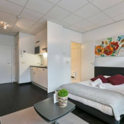 furnished studio apartment with double bed in brussels city centre