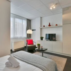 double bed and cable television in brussels city centre