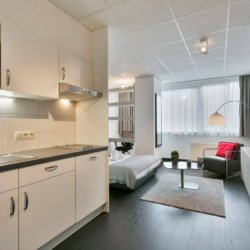 fully equipped kitchen in serviced bbf apartment brussels city centre
