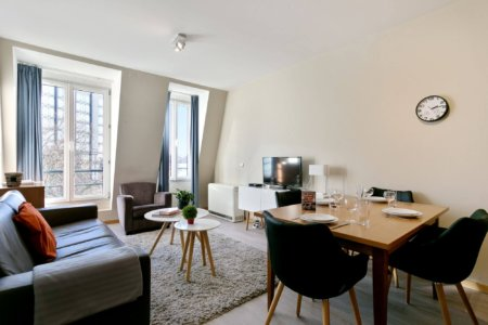 living and dining in bbf serviced apartment in brussels
