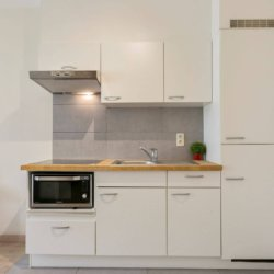 fully equipped kitchen in central brussels